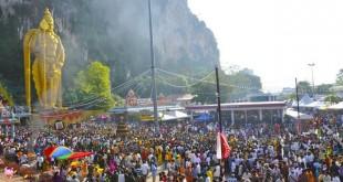 غارهای باتو یا باتو کیو (Batu Caves) یکی از جاذبه های توریستی محبوب در سلانگور ، مالزی است.