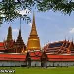 معبد بودای زمرد که به معبد پرا کاو (Wat Phra Kaew) شناخته شده است ، یک معبد مقدس است در داخل کاخ واقع شده است